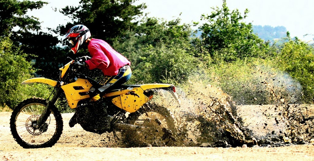 moto-cross trial